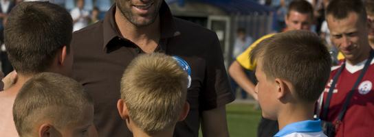 Zidane wręczył Puchar Mlecznego Startu drużynie z Olsztyna